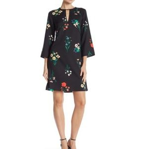 NWT Vince Camuto Floral Printed Keyhole Dress